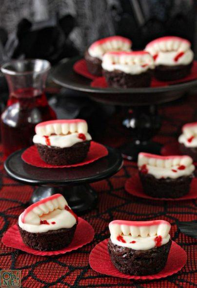 cupcake de vampiro Festa de Halloween infantil