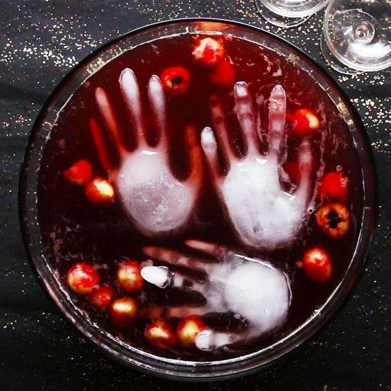 Mão fantasma de gelo